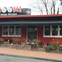 Foto scattata a Kooki Asian Kitchen da Sascha F. il 3/24/2016