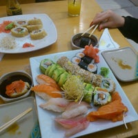 Photo taken at Sushi House by Edgard P. on 7/7/2013