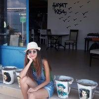 Photo taken at Ayaklı Göl Cafe & Restaurant by Ezgi T. on 8/29/2016
