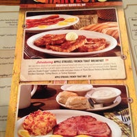 Photo taken at Cracker Barrel Old Country Store by Shannon F. on 9/13/2014