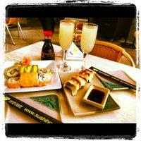 Foto tomada en Sushi House por Pame K. el 12/28/2012