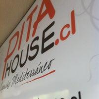 Foto tomada en Pita House por Cristian G. el 10/4/2012