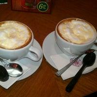 11/29/2012 tarihinde Duygu K.ziyaretçi tarafından Kahve Dünyası'de çekilen fotoğraf