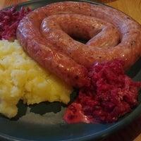 Снимок сделан в Baieri kelder Restaurant пользователем Sven F. 11/21/2012