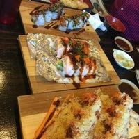 Foto tomada en Rock & Roll Japanese Cuisine por Joan C. el 6/19/2016