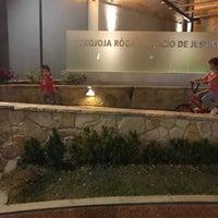Photo taken at Palacio de Justicia - Juegos Infantiles 👧👨 by Daihana R. on 6/15/2017