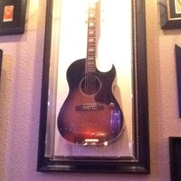 Photo taken at Hard Rock Cafe Niagara Falls USA by Rodrigo D. on 11/16/2012