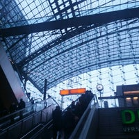 Photo taken at Berlin Hauptbahnhof by Peter H. on 3/8/2013