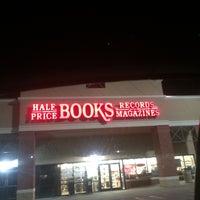 Photo taken at Half Price Books by Pamella B. on 10/19/2014