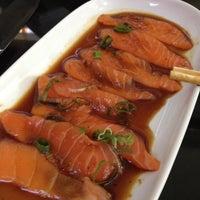 Photo taken at Keeki Restaurante Japonês by Ana Paula C. on 4/21/2013