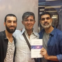 Photo taken at Librería Kier by Gustavo S. on 3/22/2016