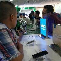 Photo taken at 1G-Satu Gadget Dot Com by AmaRidzuan on 10/7/2016