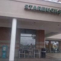 Photo taken at Starbucks by Mariel B. on 10/1/2012