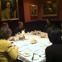 Foto tomada en The Capital Grille  por Brittany W. el 1/17/2013