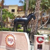 Foto tomada en Baja Brewing Co. por Laura Cristina G. el 6/9/2013