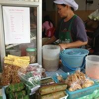 Foto diambil di ปิยพรรณส้มตำ oleh Minitoom pada 7/9/2013