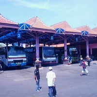 Photo taken at Terminal Bayuangga Probolinggo by patbom on 4/25/2013