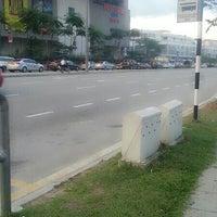 Photo taken at Perhentian Bas by Lynndamawar A. on 10/17/2013