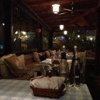 11/3/2012 tarihinde Zezeziyaretçi tarafından Radika Restaurant'de çekilen fotoğraf