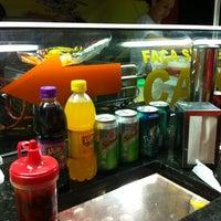Foto tirada no(a) Hot Dog Pit Stop por Leonardo P. em 11/24/2012