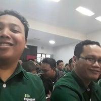 Photo taken at PT Pegadaian (Persero) Kanwil X Bandung by Buyung P. on 8/4/2015