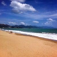 Снимок сделан в Bãi Biển Nha Trang (Nha Trang Beach) пользователем Vladimir K. 2/17/2013