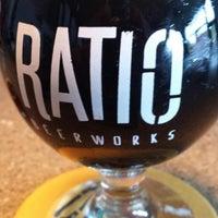 Foto tomada en Ratio Beerworks por Jeramie B. el 5/14/2015