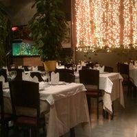 Photo taken at Restaurant xinès Shanghai by Tirs A. on 11/19/2013