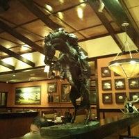 Photo taken at LongHorn Steakhouse by Konstantin Z. on 11/1/2013