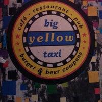 5/17/2013 tarihinde Burcu E.ziyaretçi tarafından Big Yellow Taxi Benzin'de çekilen fotoğraf