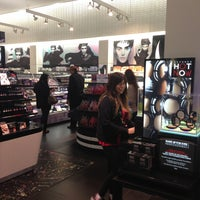 Photo taken at SEPHORA by Iván O. on 5/17/2013