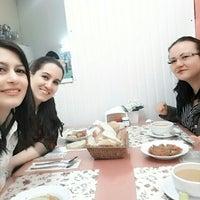 Photo taken at Fesleğen Ev Yemekleri by Meral Y. on 3/18/2016
