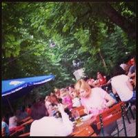 Das Foto wurde bei Wirtshaus am Bavariapark von Abdulla A. am 6/20/2013 aufgenommen