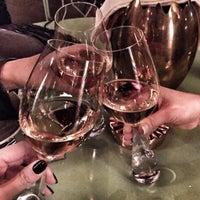 11/6/2015 tarihinde D.C.B .ziyaretçi tarafından Louise Brasserie & Lounge'de çekilen fotoğraf