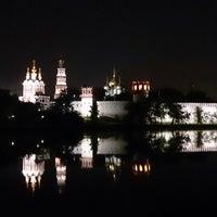 Foto tirada no(a) Novodevichy Park por Rusl U. em 5/30/2013
