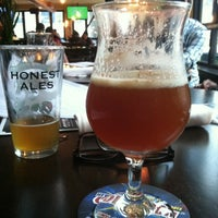 Photo taken at Beer Authority NYC by Lola on 10/12/2012