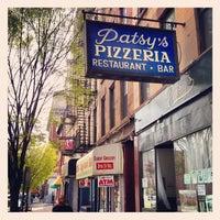 Foto scattata a Patsy's Pizza - East Harlem da Sloane B. il 4/20/2013