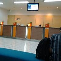 Photo taken at Bank BNI kcp unair by 'Yanisya P. on 12/11/2013