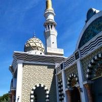 Photo taken at Masjid Agung Darul Falah by Cahyo A. on 12/29/2017
