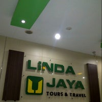 Photo taken at Linda Jaya Tour & Travel by londa t. on 10/13/2012