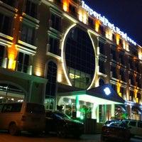 2/27/2013 tarihinde Volkan A.ziyaretçi tarafından İmperial Park Hotel'de çekilen fotoğraf