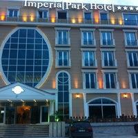 3/9/2013 tarihinde Volkan A.ziyaretçi tarafından İmperial Park Hotel'de çekilen fotoğraf