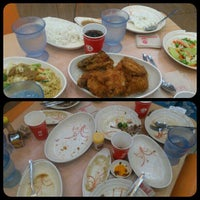 Photo taken at Chowking Pacita Complex by Awee R. on 3/12/2014