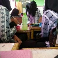 Photo taken at SMA Negeri 1 Pekanbaru by Henny S. on 3/14/2013
