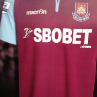 Photo taken at West Ham Utd Supporters Club by Nessy K. on 12/1/2012