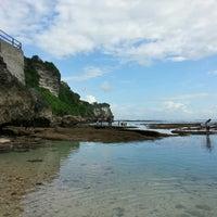 Снимок сделан в Padang-Padang Beach пользователем Christopher T. 7/8/2013