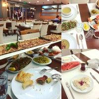 6/7/2016 tarihinde Tuğba Binnur Y.ziyaretçi tarafından Çınar Park Otel Konya Mutfağı'de çekilen fotoğraf