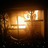 12/8/2012 tarihinde Bill D.ziyaretçi tarafından The Abbey Food & Bar'de çekilen fotoğraf