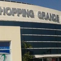 4/26/2013 tarihinde Rodrigo B.ziyaretçi tarafından Shopping Grande Rio'de çekilen fotoğraf
