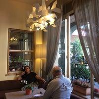 Foto diambil di Mövenpick Hotel Touring oleh Ricardo P. pada 6/12/2017